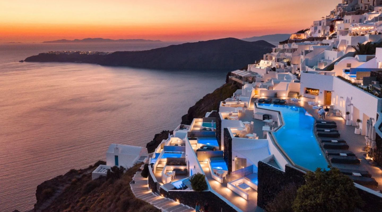 Grace Hotel Santorini 2