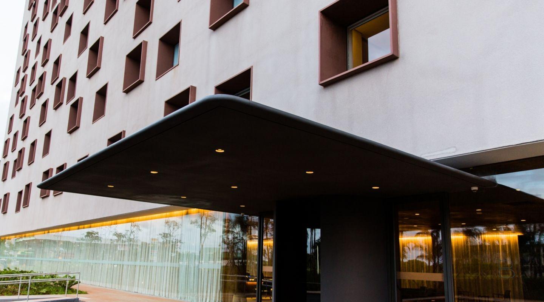 B Hotel 1