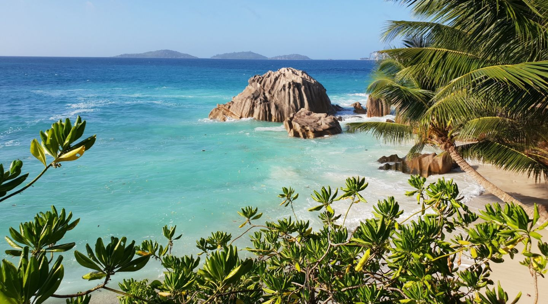 Christian cacciamani la digue seychelles unsplash