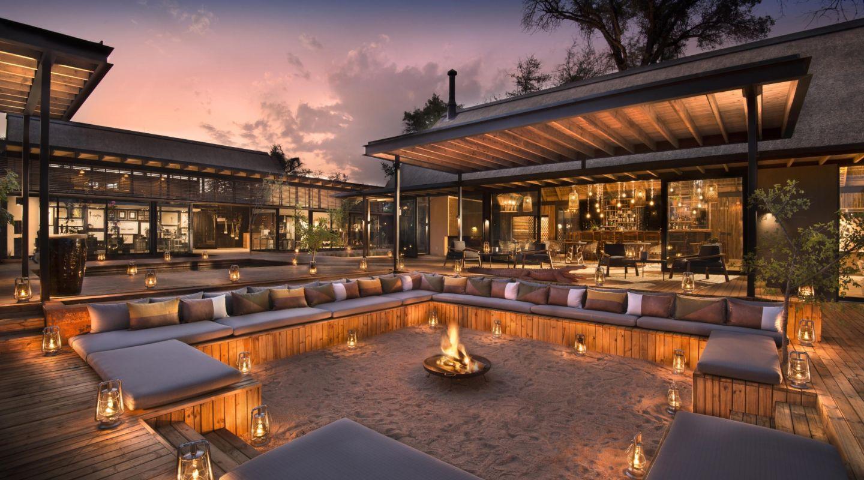 River Lodge Firepit Lounge